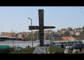 Lengyel himnusz a Memento Szmolenszk budafoki avatásán